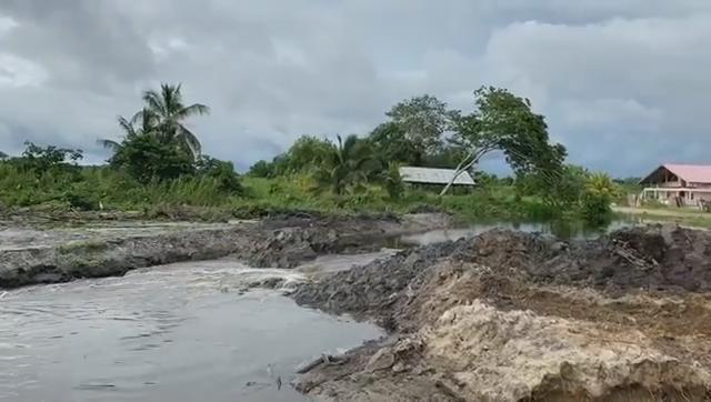 Afvoer van overtollig regenwater uit Paramaribo - Maatschappelijk verantwoord ondernemen